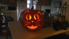 Not as cool as the angry birds pumpkins but we like cats too!