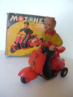 Motoneta - metal toy - Estrela - Brasil - 50's