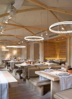 Do not continue your interior design project discover! Find it on BB CONTRACT there you will find the best modern furniture and lighting for your restaurant! Find it all at brabbucontract.