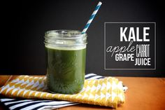 Kale Apple Carrot Grape Juice makes 2 cups 1 bunch lacinato kale 6 medium carrots 2 cups red grapes 1 apple Juice the kale, carrots, grapes & apple and serve over ice. Juice Smoothie, Smoothie Drinks, Healthy Smoothies, Healthy Drinks, Smoothie Recipes, Healthy Snacks, Juicer Recipes, Canning Recipes, Health