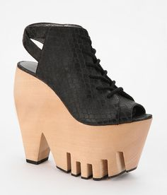 24 Awesome Platform Shoes You, Too, Could Trip Over