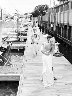 This Family-Focused Wedding Weekend Included a Southern Brunch and Reception Cruise Ashley Brown, Summer Centerpieces, Isle Of Palms, East Bay, Wedding Weekend, Rehearsal Dinners, Light Photography, Maid Of Honor, Newlyweds