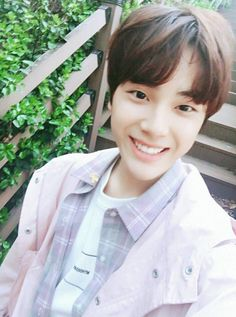 RT People are asking 'then who's the center' in the open team. Did they change it? K Pop, Joo Haknyeon, Half Korean, Produce 101 Season 2, Light Of My Life, Flower Boys, Seungri, Read News, Youngjae