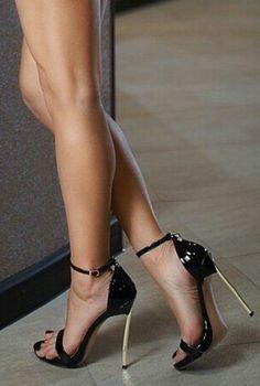 Hot Heels, High Heels Boots, Sexy Legs And Heels, Black High Heels, Black Vans, Stilettos, Pumps Heels, Stiletto Heels, Heeled Sandals