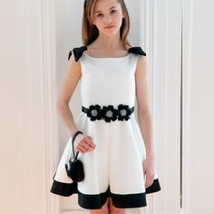 This kind of kids dress can wear any occasion or go to church ,on her birthday party or in wedding flower girl. Little Dresses, Little Girl Dresses, Cute Dresses, Girls Dresses, Flower Girl Dresses, Little Girl Fashion, Kids Fashion, Dress Anak, Kind Mode