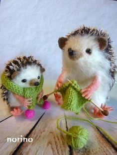 Needle felted felting woolfelt felt hedgehog