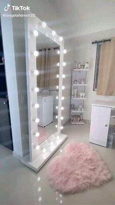 Room Design Bedroom, Room Ideas Bedroom, Home Room Design, Bedroom Decor, Beauty Room Decor, Makeup Room Decor, Makeup Beauty Room, Makeup Salon, Vanity Makeup Rooms