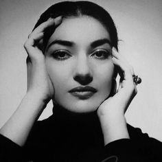 Maria Callas, Pier Paolo Pasolini, Women Of Rock, Divas, Indie Art, Brunette Beauty, Music Film, Drawing Lessons, Vintage Glamour