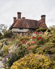 Best Lawn Mower, Fairytale Cottage, Backyard Projects, Backyard Ideas, Garden Ideas, Backyard Retreat, Backyard Patio, Backyard Landscaping, Nature Aesthetic