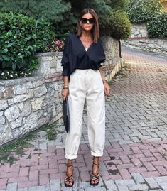 Spring Fashion Tips .Spring Fashion Tips Classy Outfits, Chic Outfits, Fashion Outfits, Fashion Tips, Fashion Trends, Fashion Quiz, Fashion Bloggers, Hijab Fashion, Fashion Beauty