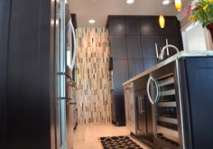 The talented team in Florida at KabCo Kitchens designed this Showplace. Featured here, our Pendleton door in maple Espresso. Your hard work is greatly appreciated.  Learn more about KabCo Kitchens: http://www.kabcokitchens.com/ Learn more about Showplace maple: http://www.showplacewood.com/WoodsFin2/woodsM.0.html