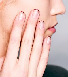 9 Negative Space Manicures That Are Surprisingly Sophisticated via @byrdiebeauty