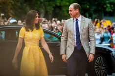 There's no denying that Prince William and Kate Middleton have a fairytale relationship, and the Duke's adorable glances at his wife prove it. Kate Middleton Prince William, Prince William And Catherine, William Kate, Duchess Kate, Duke And Duchess, Duchess Of Cambridge, Royal Prince, British Royals, Queen Elizabeth