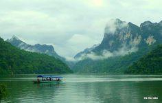 Ba Be lake - Vietnam  pystravel.com