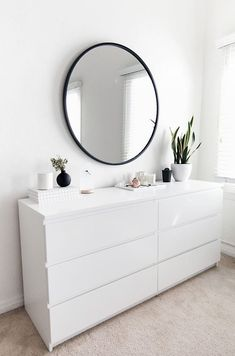 16 Creative Bedroom Storage Ideas to Help You Organize Things Better 4 Get All I. 16 Creative Bedroom Storage Ideas to Help You Organize Things Better 4 Get All Ideas About Home Room Ideas Bedroom, Home Decor Bedroom, Decor Room, Diy Bedroom, Master Bedroom, Bedroom Simple, Mirror Bedroom, Ikea Bedroom Design, Ikea Mirror