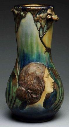 Amphora-Ceramic-Monumental-Portrait-Vase-392x715