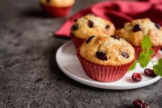 túrós zablisztes muffin Diet Recipes, Recipies, Muffin, Cupcake Recipes, Herbalism, Paleo, Food And Drink, Low Carb, Snacks