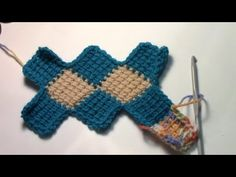 Entrelac Crochet Blanket Part 1 Tunisian Crochet, Learn To Crochet, Hand Crochet, Crochet Hooks, Crochet Needles, Crochet Stitches, Craft Stick Crafts, Yarn Crafts, Enterlac Crochet