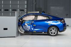 The 2017 #Chevy Volt earns top of its class ratings in safety! http://www.motortrend.com/news/2017-chevrolet-volt-earns-iihs-top-safety-pick-award/