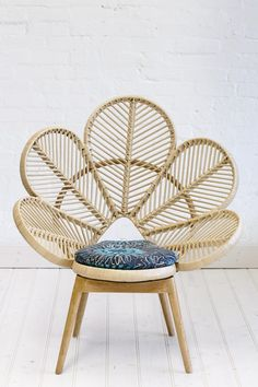 Rattan chair design is made of rattan, a vine-like palm that you can find in the tropical jungles of China, Asia, and Malaysia. The Philippines are one of the biggest sources of rattan. Cane Furniture, Bamboo Furniture, Natural Furniture, Outdoor Furniture, Rattan Peacock Chair, Love Chair, Handmade Cushions, Home And Deco, Cool House Designs