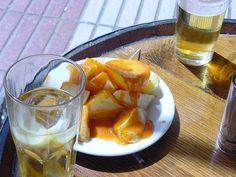 Los mejores bares para el aperitivo en Madrid en el Picoteo del finde Bar Madrid, Spanish Food, Charcuterie, Chorizo, Ham, Spices, Traditional, Gastronomia, Gourmet