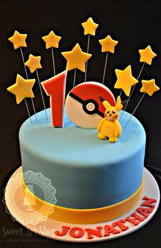 Pokemon Cake with a different Pikachu (poor little guy) Pokemon Go Cakes, Pikachu Cake, Pokemon Party, Pokemon Birthday, 10th Birthday Parties, Birthday Fun, Birthday Cakes, Birthday Ideas, Cupcakes