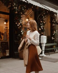 Returning to the Classics - Pretty Little Fawn Office Looks, Fall Winter Outfits, Autumn Winter Fashion, Autumn Fashion Classy, Look Fashion, Fashion Outfits, Fashion Tips, Parisian Style, Mode Inspiration