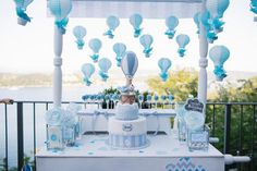 Christening decoration for boy – 60 ideas advocating the blue color - Baby Boy Names Baby Girl Names Christening Themes, Christening Decorations, Christening Party, Boy Baptism, Deco Baby Shower, Baby Shower Themes, Baby Boy Shower, Baby Shower Decorations, Theme Bapteme