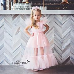 Online Children's Boutique featuring the latest European Trends and Vintage Couture Clothing for children of ages newborn to 12 years old. Flower Girl Dresses Boho, Dresses Kids Girl, Cute Dresses, Girl Outfits, Girls Fashion Clothes, Girl Fashion, Fashion Dresses, Baby Dress, Pink Dress