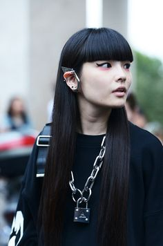 quick-cashing:  fyeahkozueakimoto:  after Undercover show, paris fashion week  WHO IS SHE