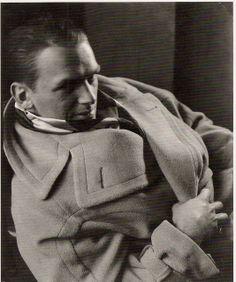 Douglas Fairbanks Jr, 1932