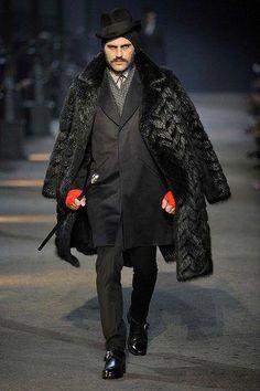 Photo of Milan: Alexander McQueen Men's Fall 2009 Fashion News, Mens Fashion, Fashion Styles, Mens Fur, Model Look, Inspiration Mode, Fashion Seasons, Gothic Fashion, Costume Design