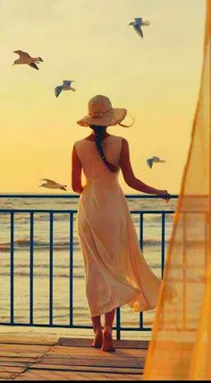 Фото: ..... DENİZ ÇİÇEGİM....  Ufuklar ötesi hasret Gök yüzü esareti Yıldızlar çıglık Güneş deniz çiçegime sevdalı Dalgalar ayrılık hasreti Kıyafetini giymiş yolcu penceremin kenarında Ufukların çizgisi Bugulu gözler sana hasret Kızıl gök mavi Deniz çiçegim Yalnız suskun dumanlı Suskun kaldırımlar Soguk taşlar Zımparalanmış hayat Ömür cellatı Deniz çiçegimin Boynu bükük Suskunlugumun dibinde Açmamış çiçek Sözlerim kurşun martılara Saçlarında kan gülleri Yüregimde poyraz seferleri…