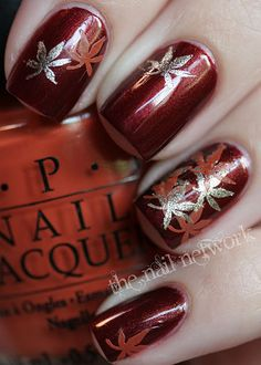 35 Leaf Nail Art Ideas Red and silver themed leaf nail art design. This nail art design doesn't only look fiery at first glance, but at the same time gives you a homey vibe because of the autumn leaves painted on top. Autumn Nails, Fall Nail Art, Winter Nails, Fancy Nails, Love Nails, How To Do Nails, Red Nails, Pastel Nails, Bling Nails