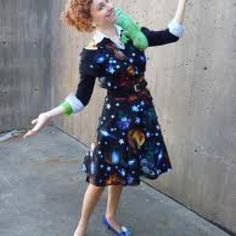 Kara said: I think I've found my work Halloween costume. Miss Frizzle: the ultimate teacher Halloween costume Teacher Halloween Costumes, Hallowen Costume, Halloween Kostüm, Halloween Cosplay, Cool Costumes, Costume Ideas, Cosplay Ideas, 90s Costume, Costume Makeup