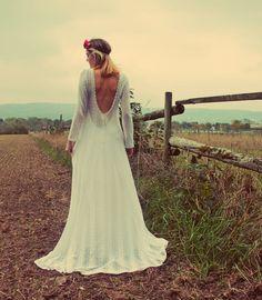 Brautkleid Hochzeitskleid Maßanfertigung aus At... von Brautkleider Heidelberg auf DaWanda.com