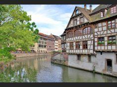 Promenade à Strasbourg, dans le quartier de la Petite-France | Geo.fr