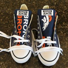 Stand out from the crowd with Denver Broncos team spirit in these adorable Converse style sneakers that have handmade Denver Broncos designs. Denver Broncos Tattoo, Denver Broncos Shirts, Denver Broncos Womens, Broncos Gear, Denver Broncos Football, Raiders Football, Broncos Fans, Best Football Team, Cincinnati Bengals