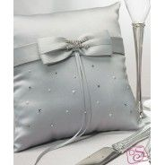 wedding rings-pillow