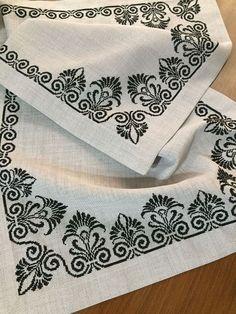 Xmas Cross Stitch, Beaded Cross Stitch, Cross Stitch Borders, Cross Stitch Rose, Cross Stitch Flowers, Cross Stitch Designs, Cross Stitching, Cross Stitch Embroidery, Cross Stitch Patterns