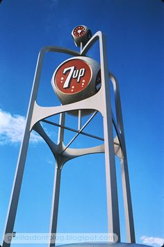 7-Up Pavilion sign, 1964 New York World's Fair