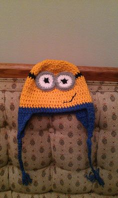 Free Minion hat pattern -- I would love to do this, if only I knew how to crochet