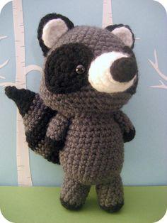 Crochet Raccoon Pattern - available in my Forrest Friends Pattern Set
