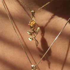 solid gold or solid tricolour rose pendant charm. The trigold rose pendant is handmade with a mix of. Hipster Vintage, Style Hipster, Rose Necklace, Arrow Necklace, Branch Necklace, Amber Earrings, Pendant Necklace, Lizzie Hearts, Piercings
