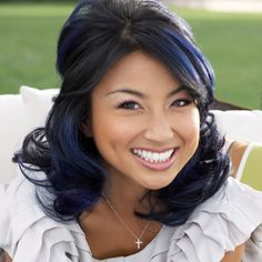 I seriously love her blue hair. If mine was this dark naturally, I'd try it