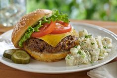 Original Ranch Cheeseburgers from Hidden Valley Hamburger Recipes, Beef Recipes, Cooking Recipes, Yummy Recipes, Salsa Recipe For Tacos, Hidden Valley Recipes, Ranch Burgers, Cheeseburger Recipe, Ideas
