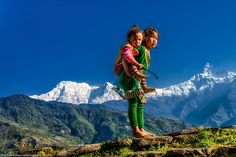 The Eyes of Children around the World Dhampus, Nepal © Nathan Horton http://www.nathanhortonphotography.com/
