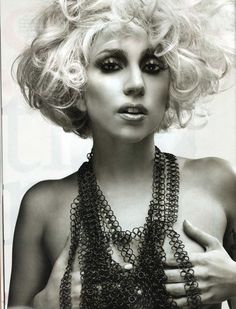 lady gaga my idol Images Lady Gaga, Lady Gaga Pictures, Sin City 2, Kelly Osbourne, Divas, John Wright, Thing 1, Celebrity Hairstyles, Famous Faces