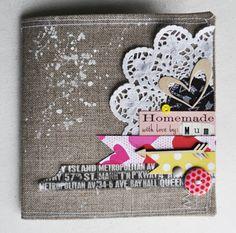 couverture tissu mon petit monde coloré Mini Albums Scrapbook, Scrapbook Paper Crafts, Scrapbook Cards, Studio Calico, Kit Studio, Minis, Art Journal Pages, Art Journals, Journal Ideas