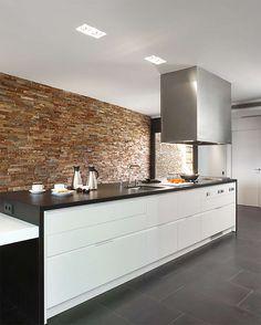 Cocina: Una casa contemporánea en Bages - Jordi Font #decoración